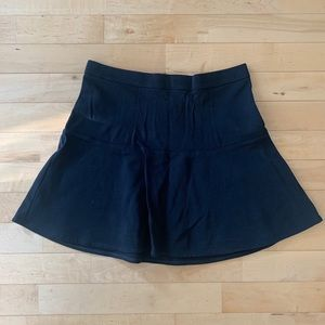Madewell black skirt with back zipper, flare